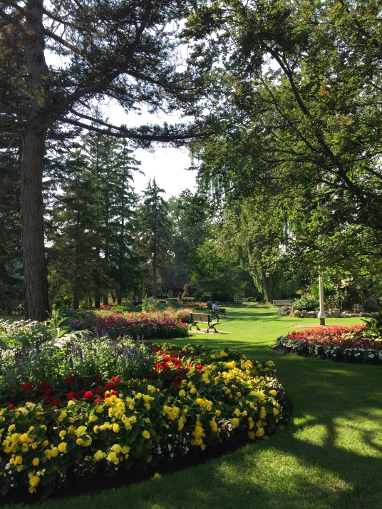 Edwards Garden, Toronto